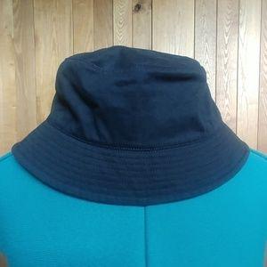 EUC📣Women's Soft Black Cotton Bucket Hat